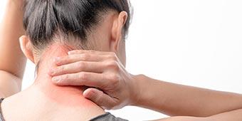 首の痛み治療